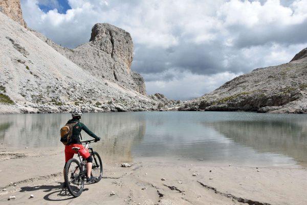 Mountainbie-Runden in den Dolomiten - auf Bergwelten.com