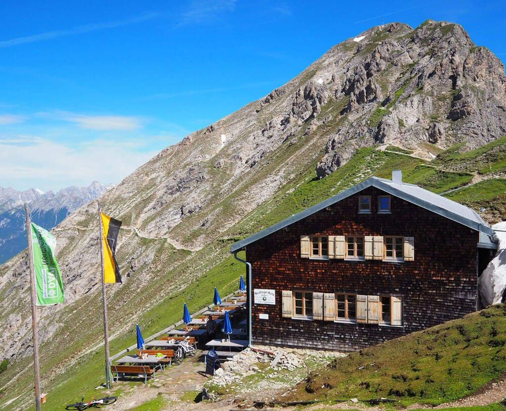 Was kostet eine Hüttenübernachtung? alpinonline